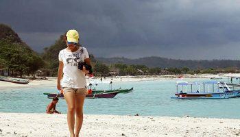 Pantai Tanjung Aan Bukit Merese